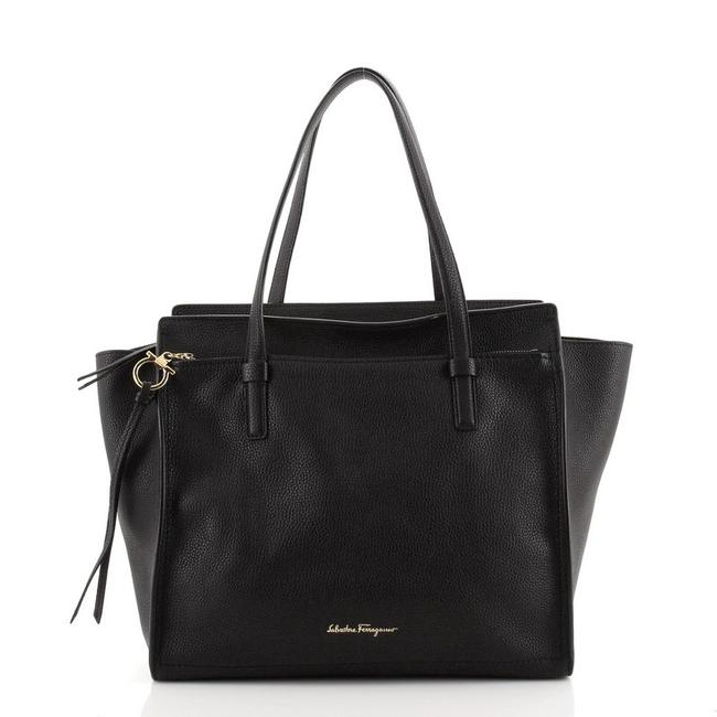 Item - Amy Pebbled Large Black Leather Tote
