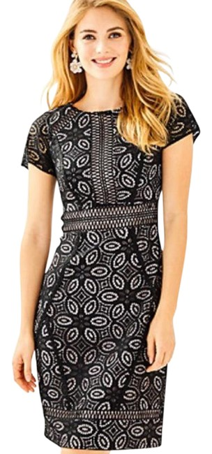 Item - Black Suzanne Shift In Onyx Floral Medallion Lace Short Casual Dress Size 16 (XL, Plus 0x)
