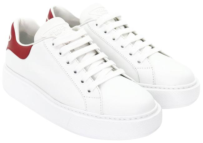 Item - White and Red Logo Leather Sneakers Size EU 39 (Approx. US 9) Regular (M, B)