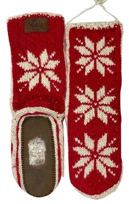 Item - Red Womens Chalet Sock Slippers Snowflakes - 9 Boots/Booties Size US 7 Regular (M, B)