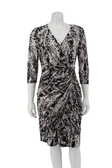 Item - Black Jersey Printed Faux Wrap Ruching Buckle Short Work/Office Dress Size 10 (M)