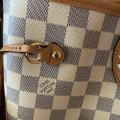 Louis Vuitton Neverfull Azur Damier Mm with Shoulder Strap Gray White Canvas Tote Louis Vuitton Neverfull Azur Damier Mm with Shoulder Strap Gray White Canvas Tote Image 11