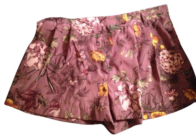 Preload https://item1.tradesy.com/images/h-and-m-purple-floral-dress-shorts-size-8-m-29-30-292595-0-0.jpg?width=400&height=650
