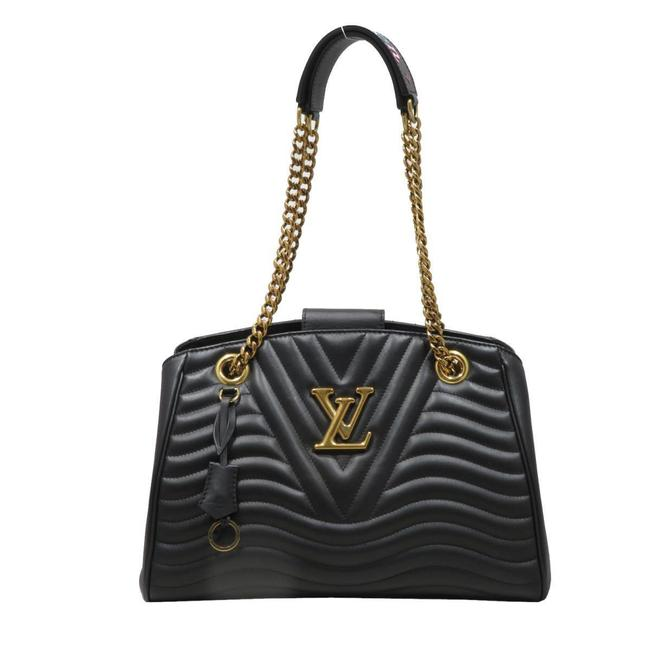Item - New Wave Chain Tote Women's (M51496) Black Leather Shoulder Bag