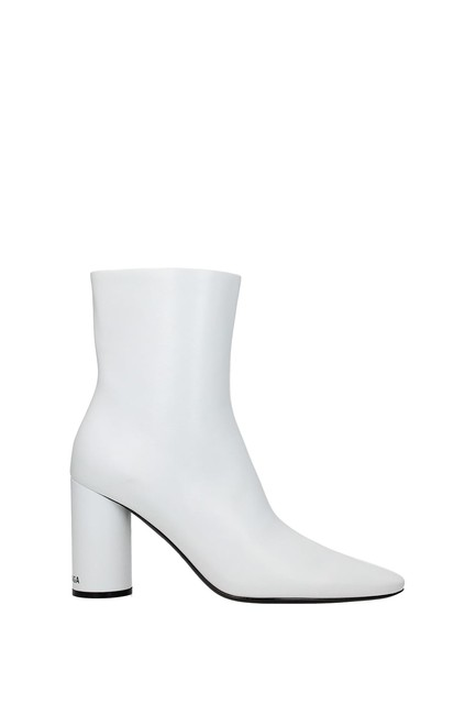 Item - White Ankle Women Leather Boots/Booties Size EU 40 (Approx. US 10) Regular (M, B)