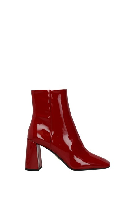 Item - Red Ankle Women Patent Leather Boots/Booties Size EU 37.5 (Approx. US 7.5) Regular (M, B)