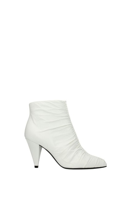 Item - White Ankle Women Leather Boots/Booties Size EU 38 (Approx. US 8) Regular (M, B)