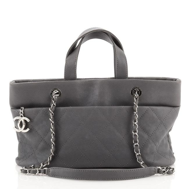 Item - Timeless Cc Charm Quilted Caviar Large Gray Leather Tote