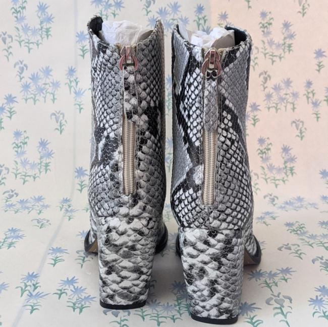 Alias Mae Gray West Pointed Toe Ankle Snake Boots/Booties Size EU 37 (Approx. US 7) Regular (M, B) Alias Mae Gray West Pointed Toe Ankle Snake Boots/Booties Size EU 37 (Approx. US 7) Regular (M, B) Image 8