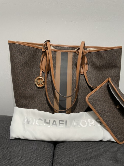 Item - Brown/Gold Leather Tote