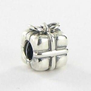 PANDORA Pandora 790300 Charm Bead Wrapped Present Sterling Silver