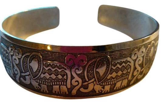 Preload https://item2.tradesy.com/images/silver-elephant-cuff-bangle-bracelet-292646-0-0.jpg?width=440&height=440
