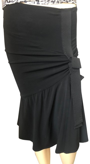 Item - Black With A Bow Skirt Size 6 (S, 28)