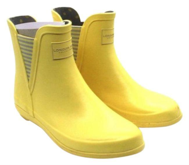 Item - Yellow London Fog Piccadilly Women Round Toe Synthetic Rain Boots/Booties Size US 7 Regular (M, B)