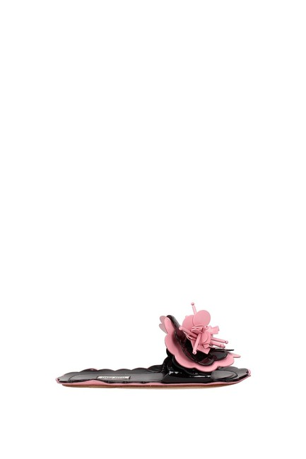 Item - Pink Slippers and Clogs Women Patent Leather Flats Size EU 35 (Approx. US 5) Regular (M, B)