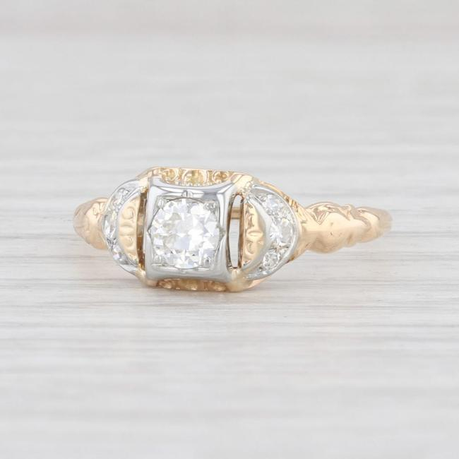 Item - Yellow and White Gold Art Deco Diamond 14k Size 7 Engagement Ring