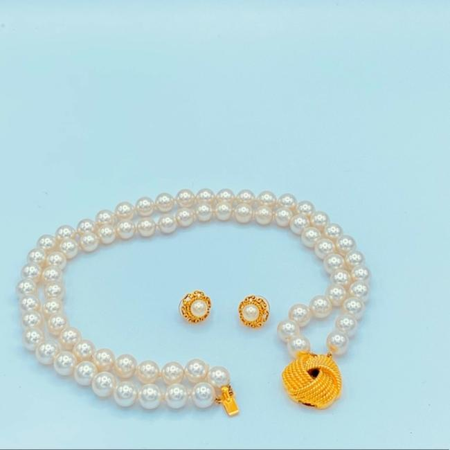 Unbranded White/Gold Vintage Faux Pearl Choker Necklace Jewelry Set Unbranded White/Gold Vintage Faux Pearl Choker Necklace Jewelry Set Image 1