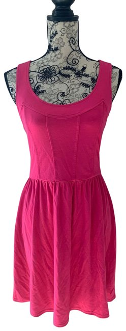 Item - Pink Summer Mid-length Short Casual Dress Size 10 (M)