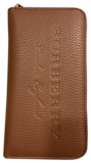 Item - Brown London England Zip Round Leather Wallet