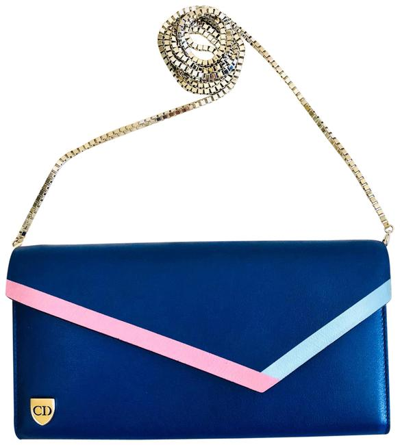 Item - Wallet on Chain Clutch Blue Leather Cross Body Bag