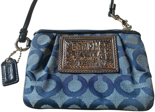 Item - Signature Blues and Silver Canvas Fabric Leather Wristlet