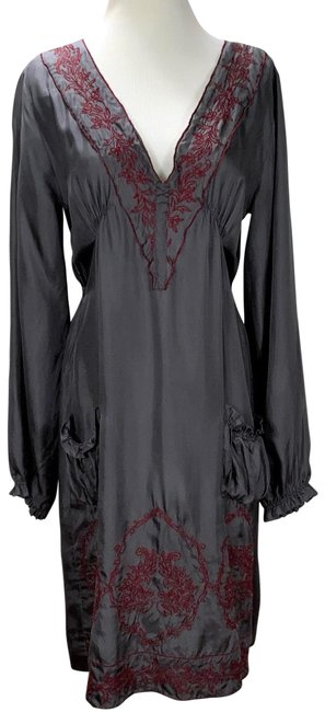 Item - Gray Silk Embroiidered Knee Length Mid-length Night Out Dress Size 6 (S)