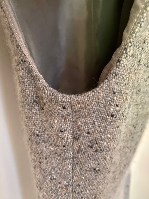 Chanel Tweed Sleeveless V Neck Wrap In Ecru Mid-length Short Casual Dress Size 4 (S) Chanel Tweed Sleeveless V Neck Wrap In Ecru Mid-length Short Casual Dress Size 4 (S) Image 5