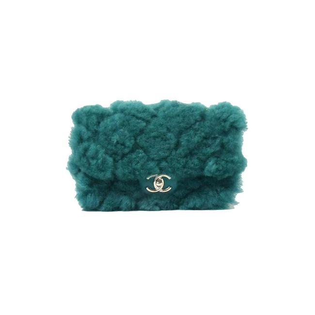 Item - Classic Flap Cc Chain Small Quilted Gold Hw Green Shearling Shoulder Bag