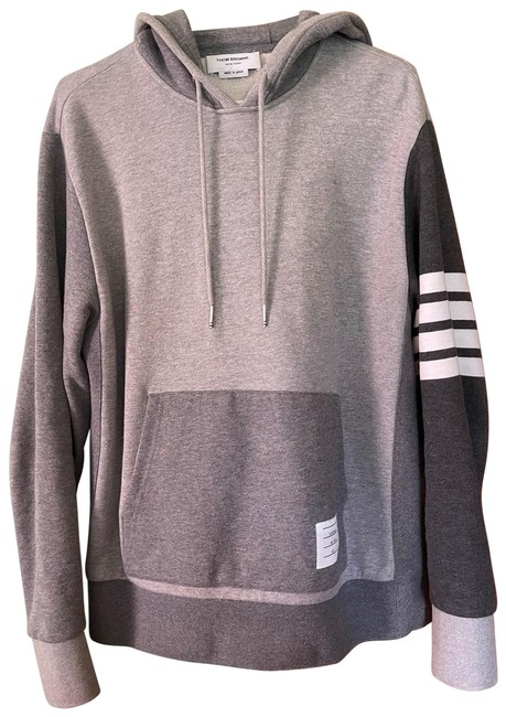 Item - Mixed Colors Generally Gray Funny Sweatshirt/Hoodie Size 10 (M)
