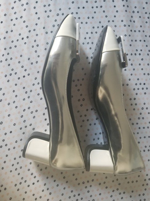 Item - Silver /White Formal Shoes Size EU 37 (Approx. US 7) Narrow (Aa, N)