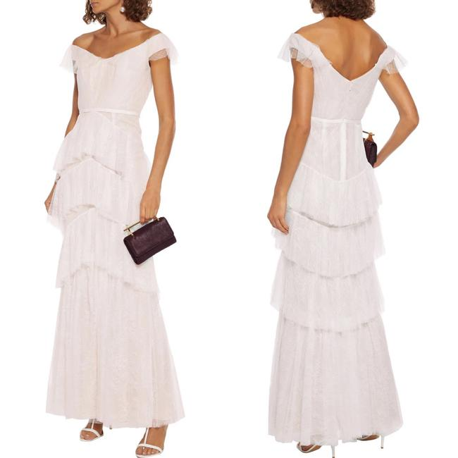 Item - Ivory Chantilly Tiered Lace Gown Long Formal Dress Size 10 (M)
