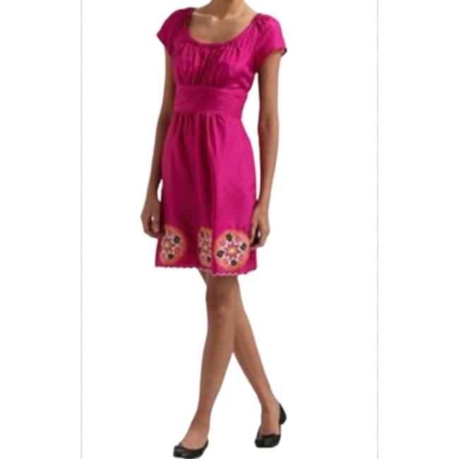 Item - Magenta Embroidered Silk Short Night Out Dress Size 14 (L)