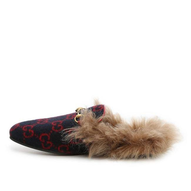 Item - Navy & Red Fur Princetown Women's Loafers Mules/Slides Size EU 36.5 (Approx. US 6.5) Regular (M, B)