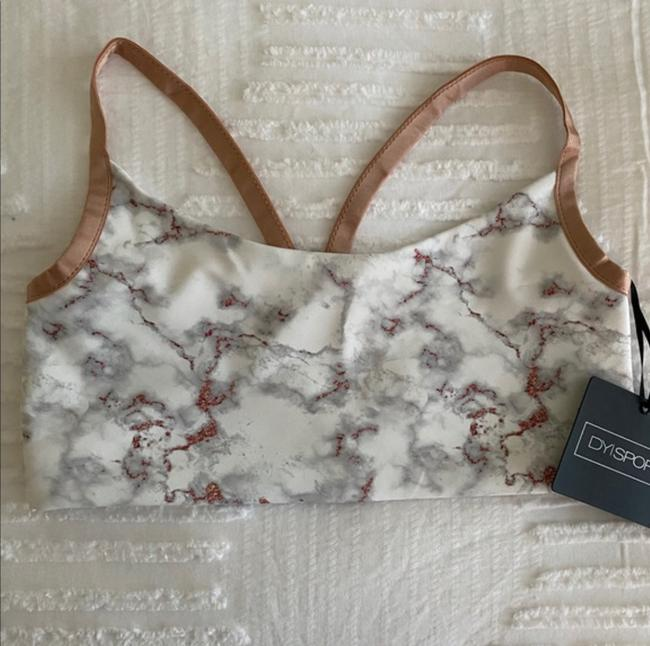Item - Rose Gold Marble Activewear Sports Bra Size 6 (S, 28)