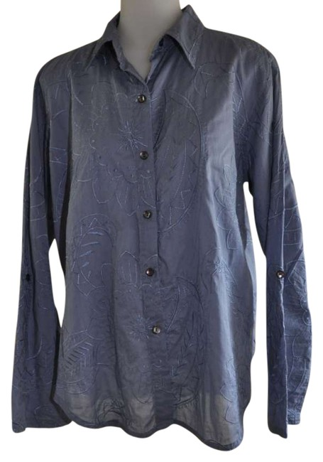 Preload https://img-static.tradesy.com/item/292874/chico-s-blue-with-embroidery-button-down-top-size-6-s-0-0-650-650.jpg