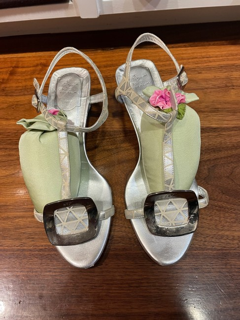 Item - White with Silver Dressy Sandals Size EU 38 (Approx. US 8) Regular (M, B)