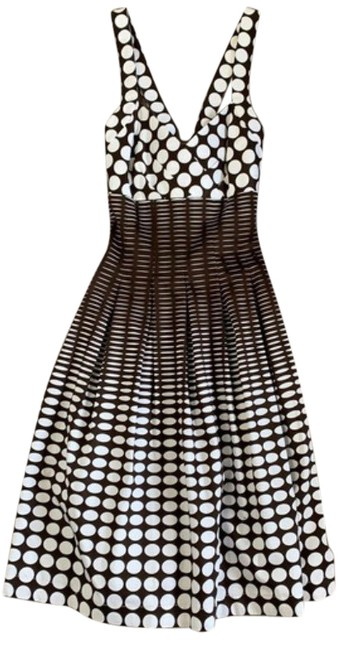 Item - Dark Brown and White No Style Number Mid-length Short Casual Dress Size 8 (M)