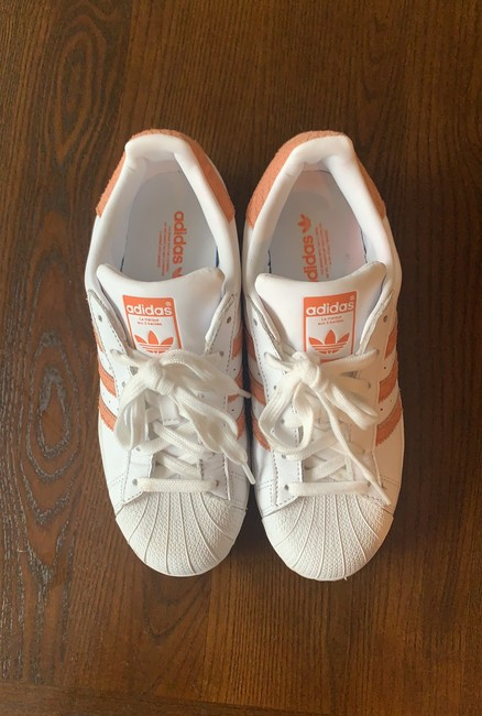 Item - White with Coral Accents Superstar Sneakers Size US 7 Regular (M, B)