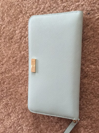 Kate Spade NWT KATE SPADE NEWBURY LANE MILES AND Zippy WALLET
