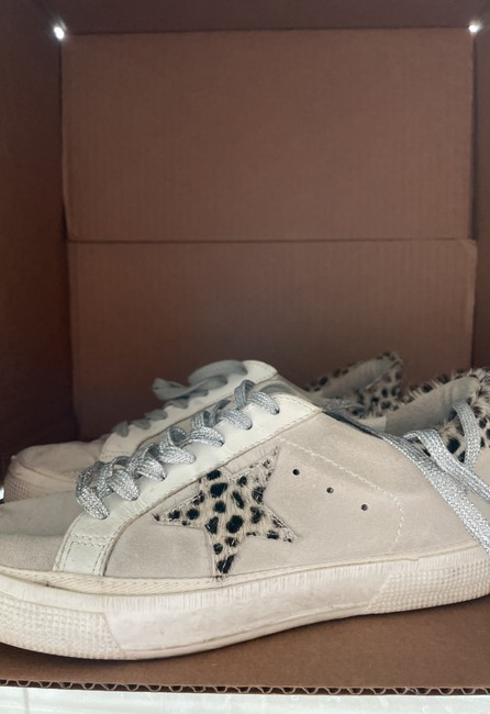 Item - Off White May Sneakers Size EU 39 (Approx. US 9) Regular (M, B)