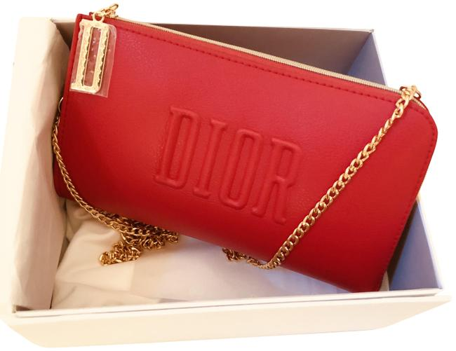 Item - Crossbody Pouch / Purse / Red Weekend/Travel Bag