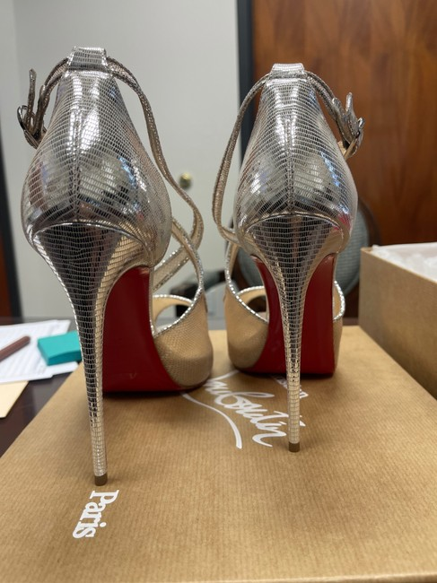 Silver / Nude 39 Pumps Size US 9 Regular (M, B) Silver / Nude 39 Pumps Size US 9 Regular (M, B) Image 3