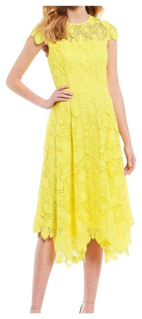 Item - Yellow 0190m300 Mid-length Cocktail Dress Size 8 (M)