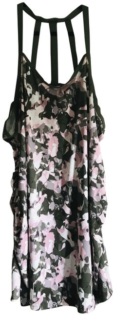 Item - Gray Camouflage Activewear Top Size 28 (Plus 3x)