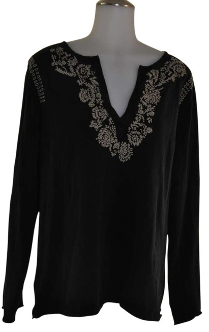 Preload https://item4.tradesy.com/images/chico-s-black-with-beige-thread-pattern-sweaterpullover-size-16-xl-plus-0x-292953-0-0.jpg?width=400&height=650