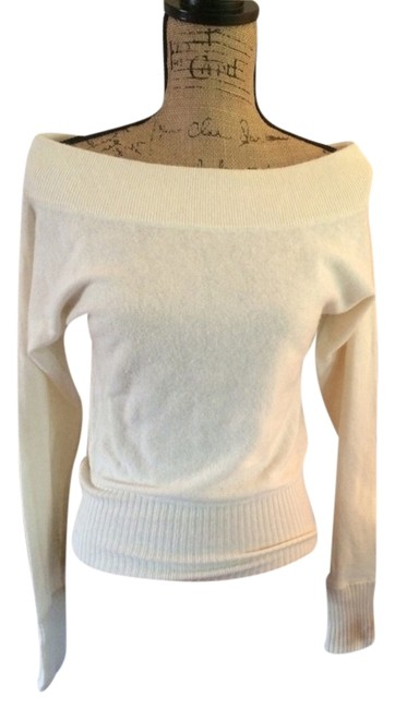 Preload https://item5.tradesy.com/images/abercrombie-and-fitch-sweaterpullover-size-8-m-2929624-0-0.jpg?width=400&height=650