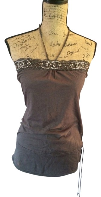 Preload https://item3.tradesy.com/images/abercrombie-and-fitch-tank-topcami-size-8-m-2929777-0-0.jpg?width=400&height=650