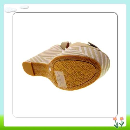 Lucky Brand Natural Wedges Image 1