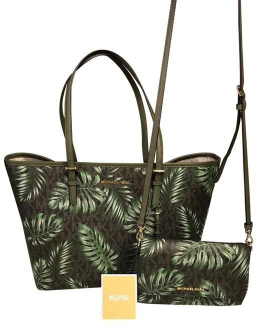 Item - Crossbody Carryall Matching Leaf Print Brown- Olive Coated Canvas Tote