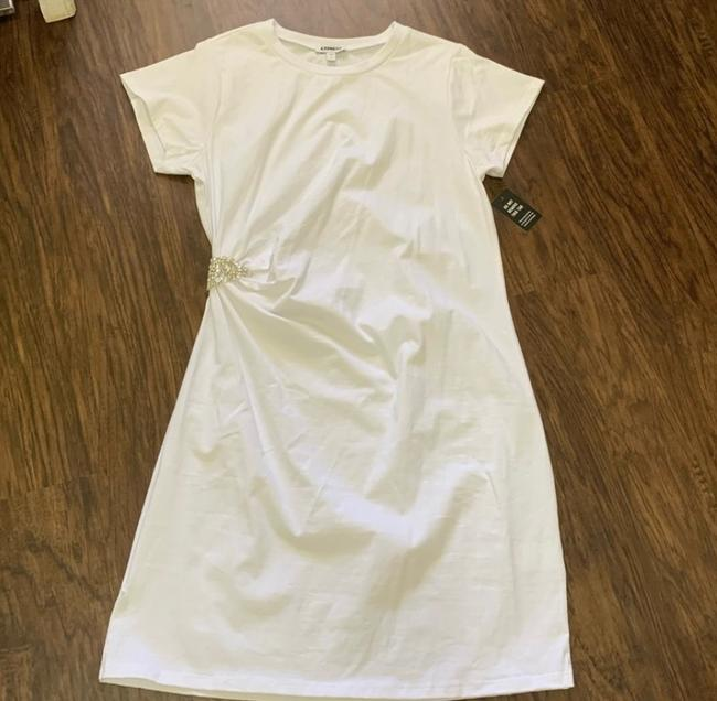 Express White Brooch T-shirt Short Casual Dress Size 12 (L) Express White Brooch T-shirt Short Casual Dress Size 12 (L) Image 7